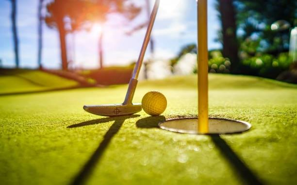 History Mini Golf