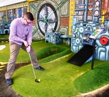 swing mini golf